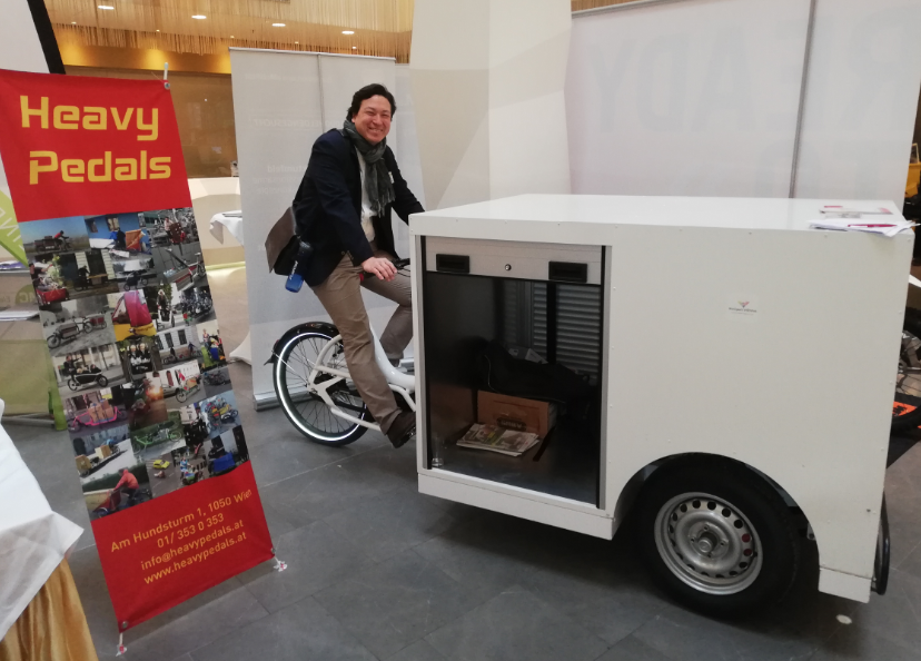 heavy pedals stand_urban arrow_ebike_el motion vienna conference_hydrochan mortimer