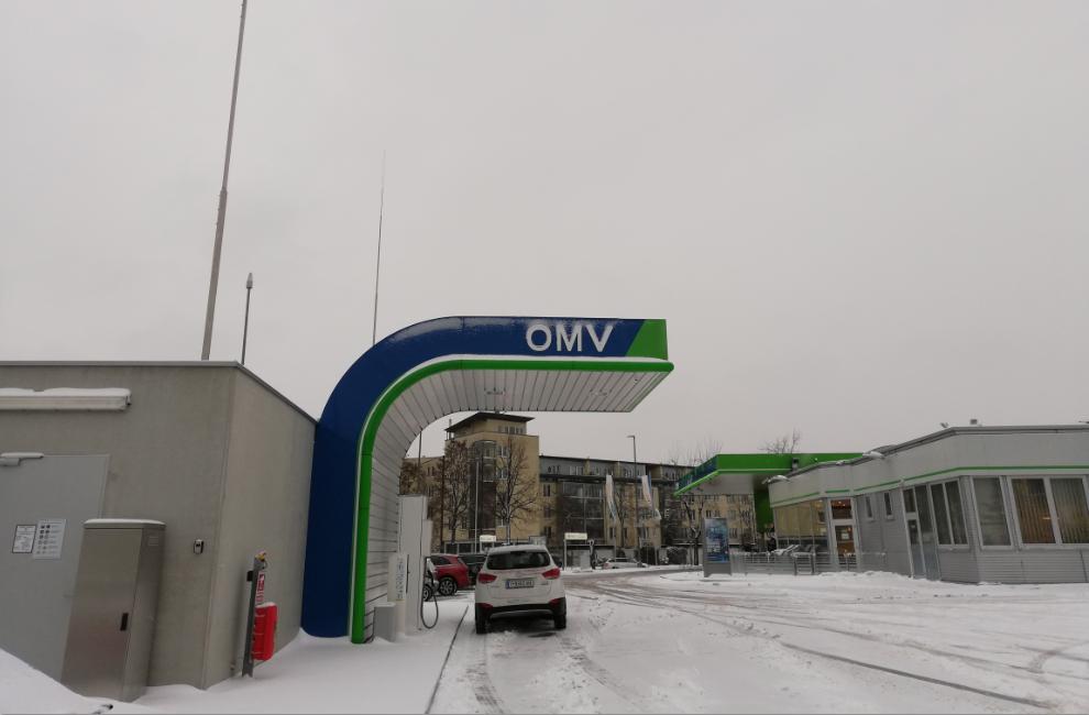 hyundai ix35 tucson fcev_hydrochan_innsbruck_münchen_munich_refuelling station_08012019_omv ottobrunner strasse