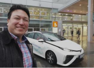 IMG_20190313_1641_Toyota Mirai FCV_Messe Düsseldorf_Energy Storage Europe 2019_Mortimer hydrochan energytours