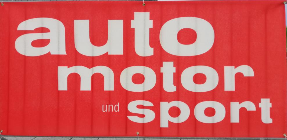 IMG_20190426_1945_i mobility rallye stuttgart_mortimer hydrochan_toyota mirai_auto motor und sport_banner rot